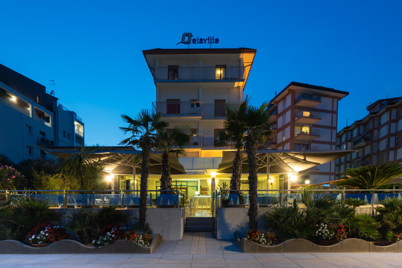 Hotel tre stelle a Jesolo frontemare